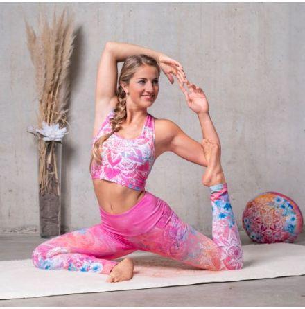 Kort Yoga Top Bravery
